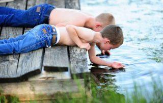 αδέρφια, αδερφική σχέση, σχέσεις μεταξύ αδερφιών